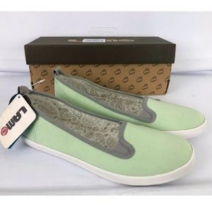 Lamp Ella mint green canvas slip on shoes Sz 11